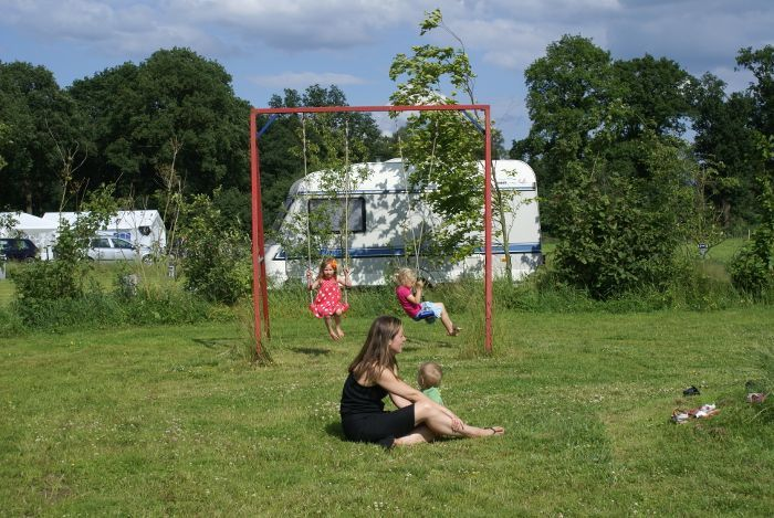 Schommel speeltuin camping